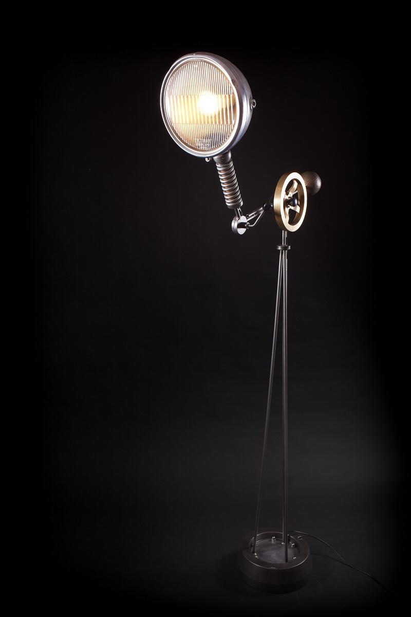 Paris NewYorker - Head Light